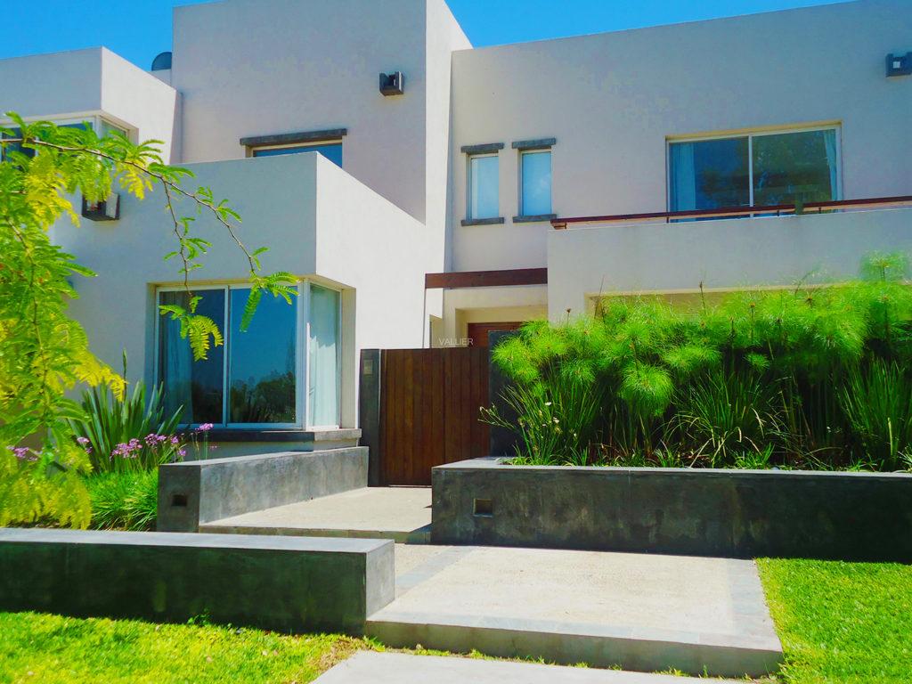 Pintura exterior para casas interesting ideas de - Consejos para pintar una casa ...